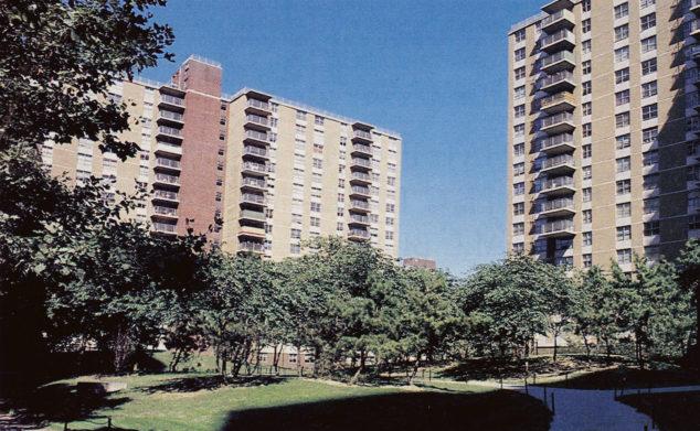 川普总统持有股份的纽约布鲁克林公屋大楼以8.5亿成交