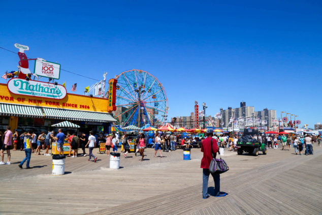 康尼岛海滨步道成为纽约市地标景点