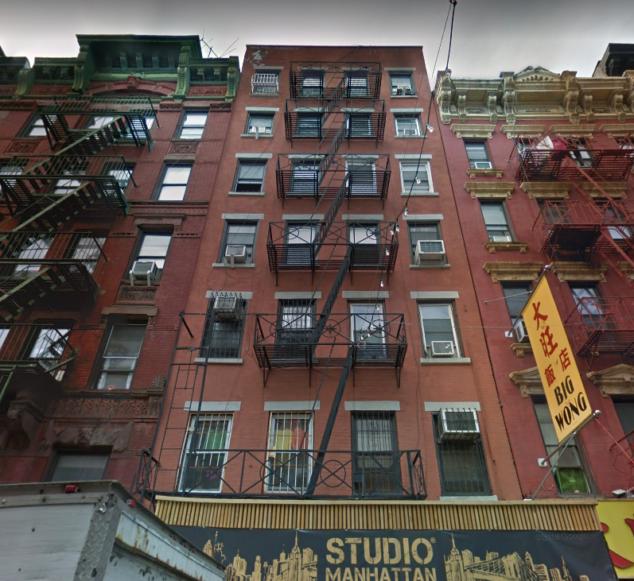纽约第一幢出租公寓楼就在唐人街